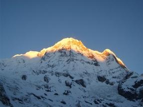 800px-Annapurna_I_ABC_Morning